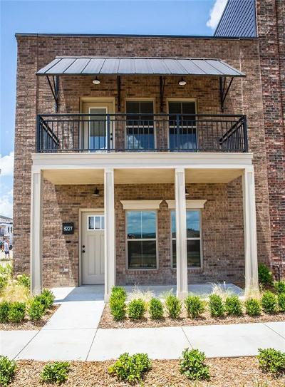 Fort Smith Condo/Townhouse For Sale: 9227 R.a. Young Drive