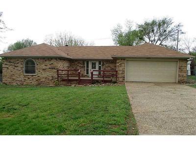 Alma Single Family Home For Sale: 1239 Alma North Street