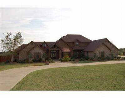 Single Family Home Sold: 5324 Kibler Rd