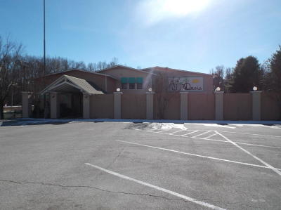Boone County Commercial For Sale: 2902 Quail Valley