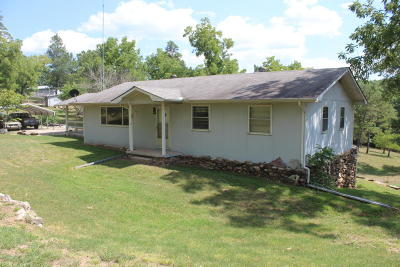 Marion County Single Family Home For Sale: 32 Ewe Lane