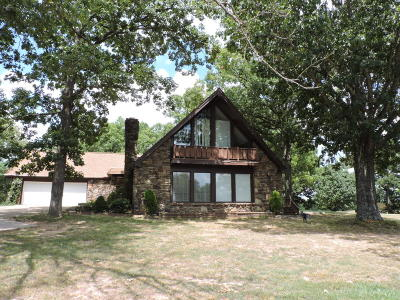Boone County Single Family Home For Sale: 5303 S Hickory Hills Lane