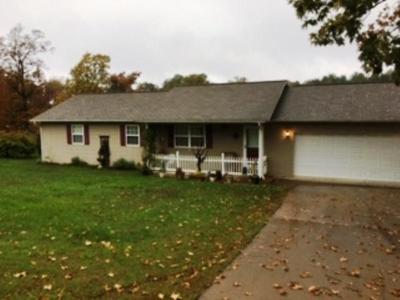 Boone County Single Family Home For Sale: 3465 Cottonwood Road