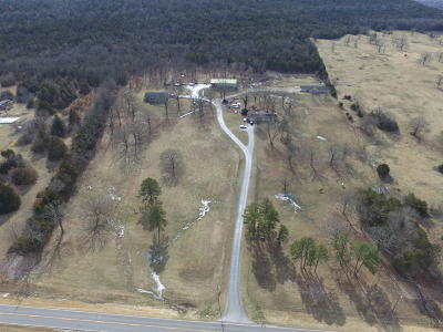 Carroll County Single Family Home For Sale: 817 Hwy 21 North