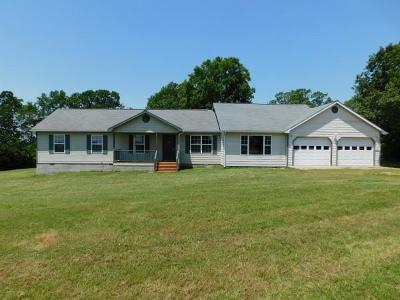 Boone County Single Family Home For Sale: 5 Rushing Ridge Road