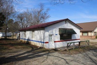 Marion County Commercial For Sale: 320 S 1st Street