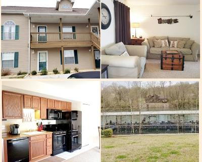 Single Family Home For Sale: 590 Abby Lane