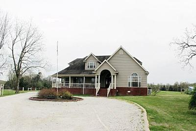 Boone County Single Family Home For Sale: 9010 Batavia Fire Dept Road