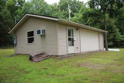 Yellville Single Family Home For Sale: 2553 Hwy 14s