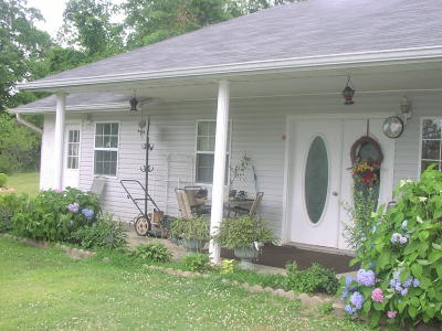 Newton County Single Family Home For Sale: Hc72 Box47 County Road 6052