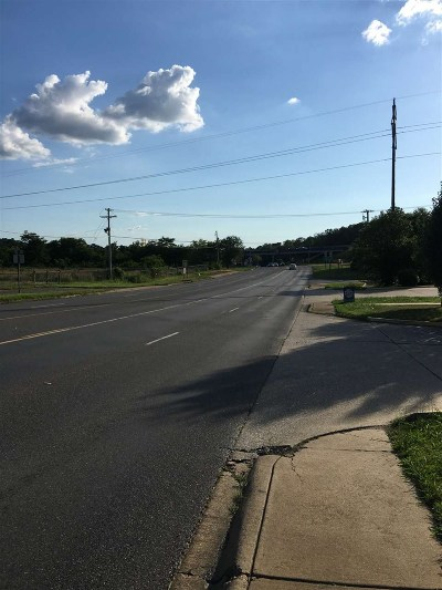 Garland County Commercial For Sale: 1021 A Airport Road