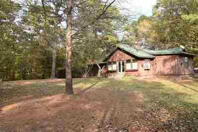 Single Family Home For Sale: 111 Manson Lp