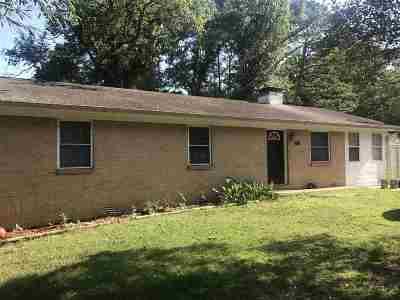 Single Family Home For Sale: 425 Hollywood Av