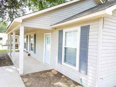 Single Family Home Back On Market: 5 Paradise Circle