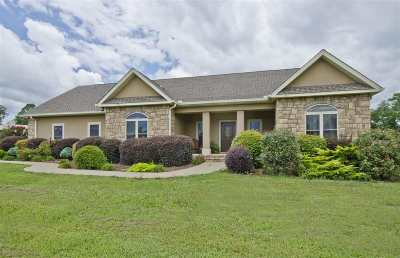 Royal Single Family Home Active - Contingent: 3498 Timberlake Dr