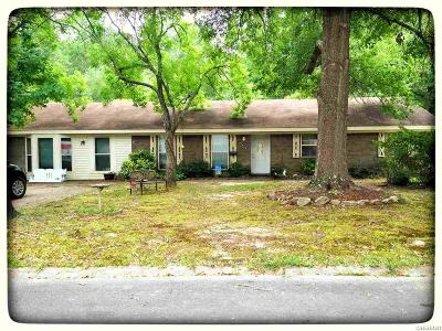Single Family Home For Sale: 2059 Elaine Circle