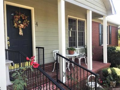 Garland County Single Family Home For Sale: 4 Queens Row