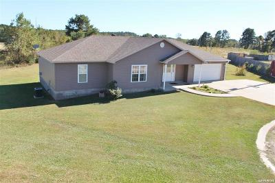 Bismarck AR Single Family Home Active - Contingent: $146,500