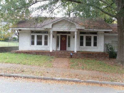 Hot Springs Single Family Home Active - Contingent: 112 Fern