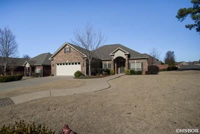 Hot Springs Single Family Home For Sale: 637 Willowbend Circle