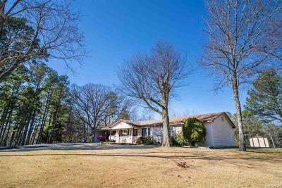 Garland County Single Family Home For Sale: 223 Bratton Dr