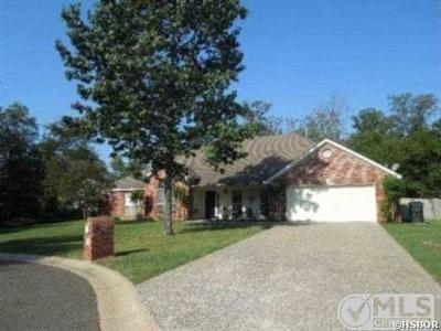 Hot Springs Single Family Home For Sale: 110 Doe Run Pl