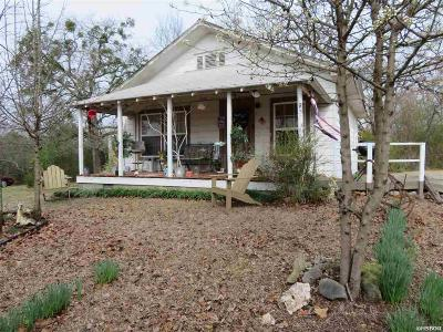 Hot Springs Single Family Home For Sale: 195 Shady Heights