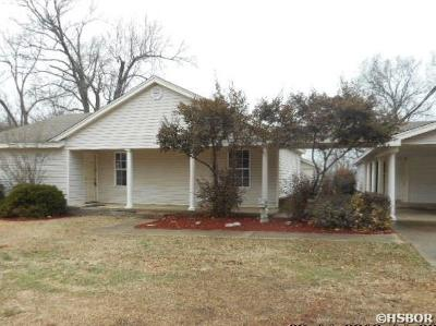 Benton Single Family Home Active - Contingent: 9808 Crossroads