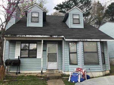 Hot Springs Single Family Home For Sale: 205 Rocky Reef Circle