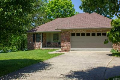 Hot Springs Single Family Home For Sale: 235 Candlewood Ln