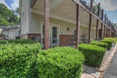 Garland County Condo/Townhouse Active - Contingent: 321 Peters Point #G2