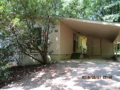 Single Family Home Active - Contingent: 35 Arias Way