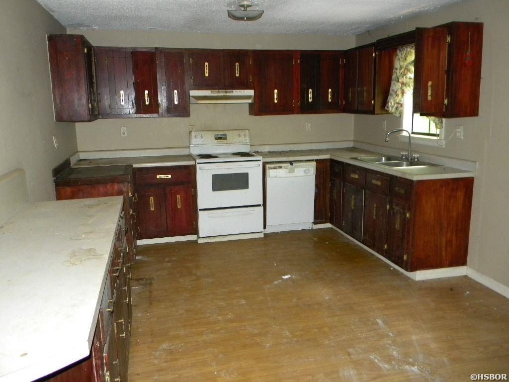 Property Photo Property Photo Property Photo ...