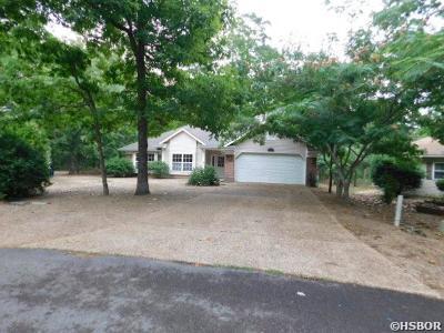 Single Family Home For Sale: 13 Leno Lane