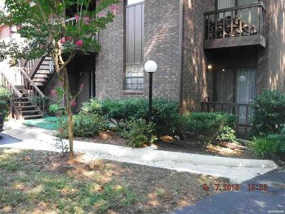 Garland County Condo/Townhouse For Sale: 2325 Lakeshore #E1