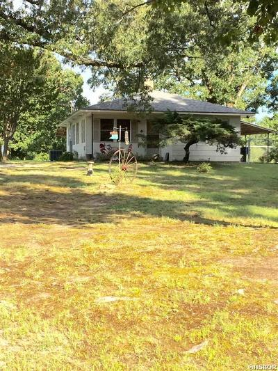 Single Family Home For Sale: 3919 S Pearcy Rd