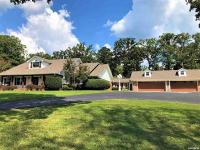 Garland County Single Family Home For Sale: 132 Bratton Dr