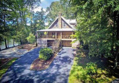 Bismarck, Fountain Lake, Glenwood, Hot Springs Village, Magnet Cove, Malvern Single Family Home Active - Contingent: 1503 Riverview Drive