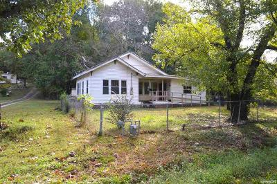Single Family Home For Sale: 1820 Sleepy Valley Rd