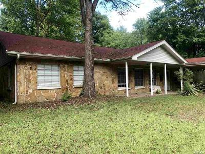 Hot Springs AR Single Family Home Active - Contingent: $105,000