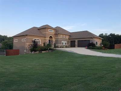 Garland County Single Family Home For Sale: 195 Westwinds Dr