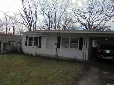 Hot Springs AR Single Family Home Active - Contingent: $54,900