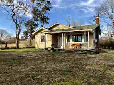 Single Family Home For Sale: 2786 E Hwy 70