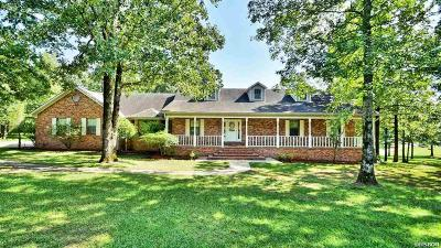 Malvern Single Family Home For Sale: 141 Country Oaks Dr