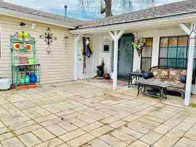 Bonnerdale, Hot Springs, Hot Springs Nat'l Park, Pearcy Single Family Home For Sale: 228 Lake Hamilton Dr