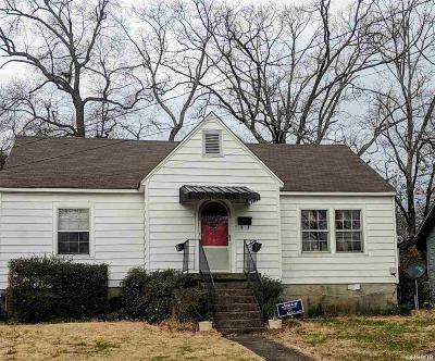 Hot Springs Single Family Home For Sale: 320 Pinewood St