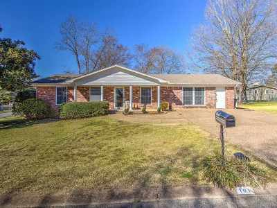 Garland County Single Family Home For Sale: 101 Stonehenge Ct