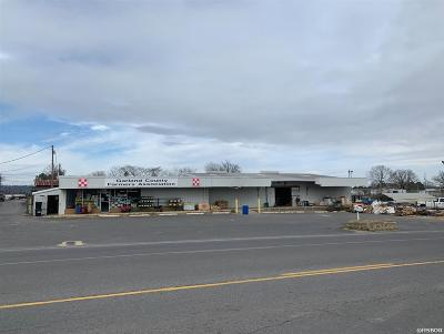 Garland County Commercial For Sale: 127 Golf Links Rd