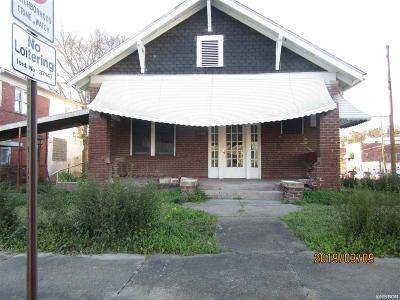 Single Family Home For Sale: 231 Garden St