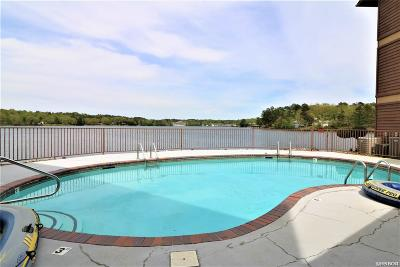 Garland County Condo/Townhouse For Sale: 152 Mimosa Pt #C3